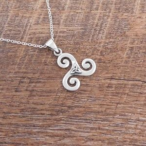 Jewelry - Sterling Silver Triskele or Triskelion Necklace